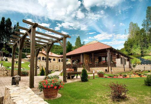 Chateau Varteley, Keliones i Moldova